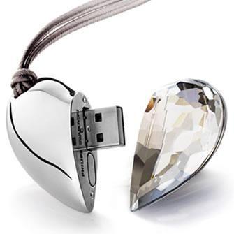 "Флешка ""Сердце"" 4 Гб прозрачный камень"