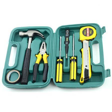 Набор инструментов 9 предметов в кейсе